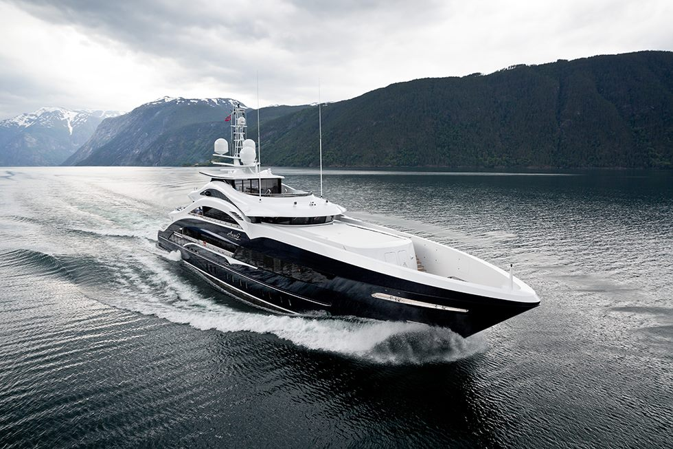 How to charter a yacht in Europe or a superyacht in Europe2 - How to charter a yacht in Europe or a superyacht in Europe