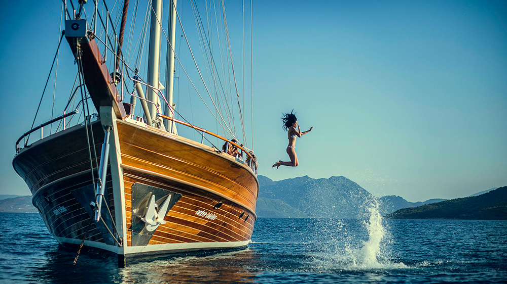 Superyacht for sale and megayacht for sale find the best luxury yacht - How to charter a yacht in the caribbean yacht holidays
