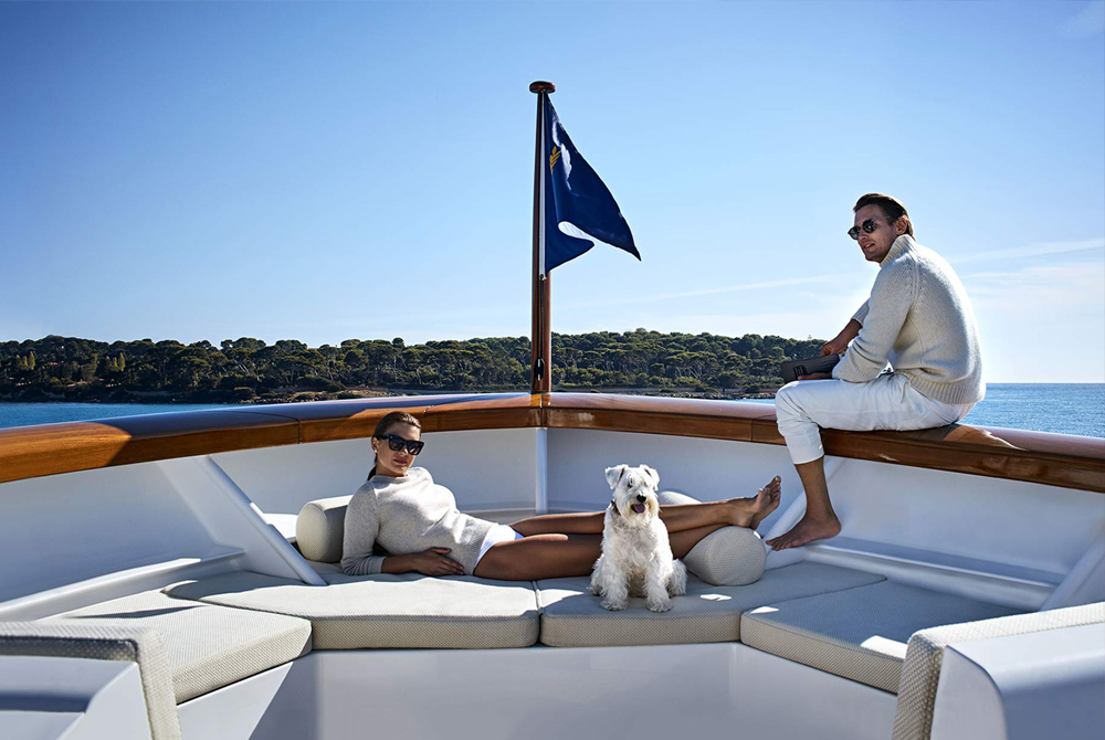 YACHT CHARTER SUPERYACHT CHARTER MLKYACHTS LUXURY YACHT HOLIDAYS PREM TO USE - Why superyachts charter and yachts destination